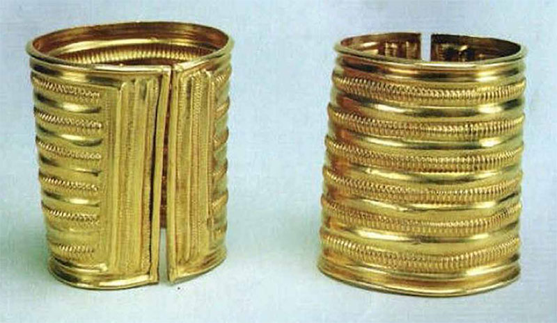 Two gold armlets, part of the Derrinboy hoard dated c. 1200 BC. Found near Kilcormac, 10 km south of Lough Boora.